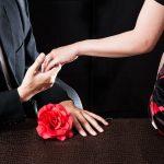 元同僚との再会、恋、そして終焉。『不倫の恋』が教えてくれるもの